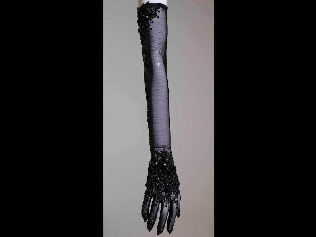 gloves114