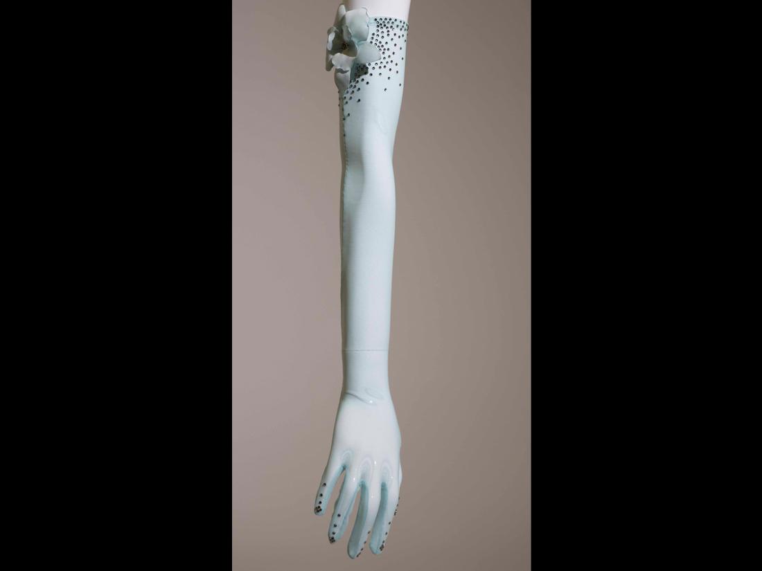 gloves115